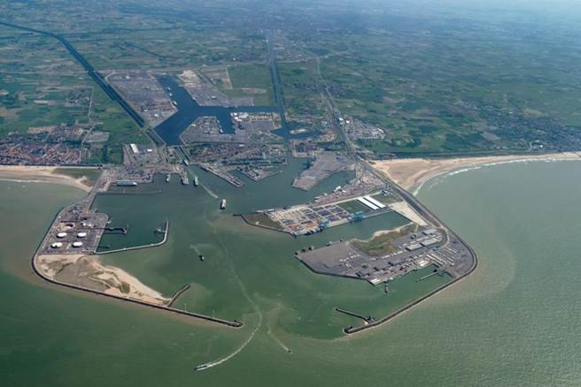 Car Transport Rates >> The port of Zeebrugge in Belgium is deserved by Marfret